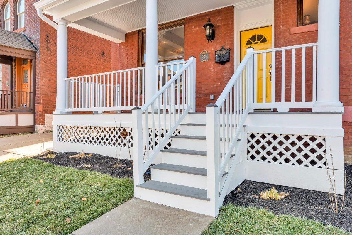 3822 Shaw Boulevard Property Photo - St Louis, MO real estate listing