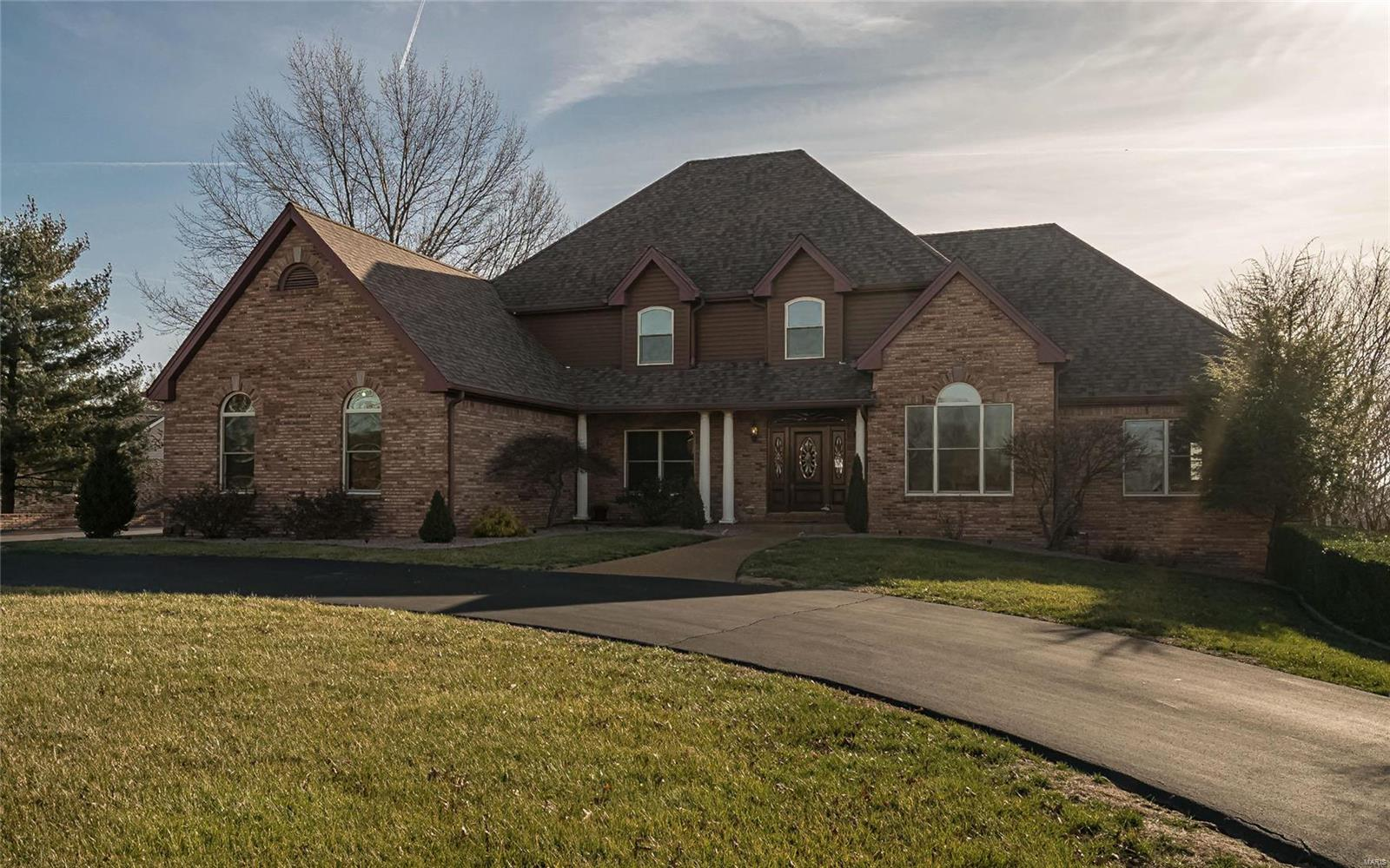 13536 Pine Wood Trail Property Photo - St Louis, MO real estate listing