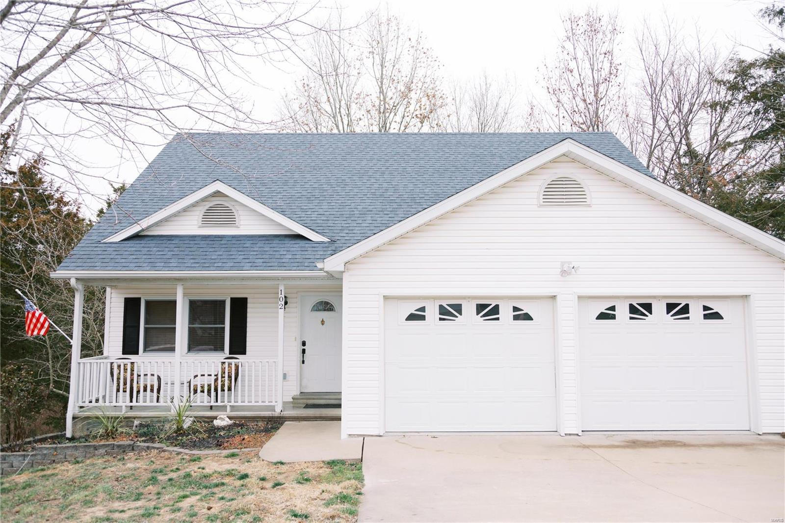 102 Cedar Park Lane Property Photo - Linn, MO real estate listing