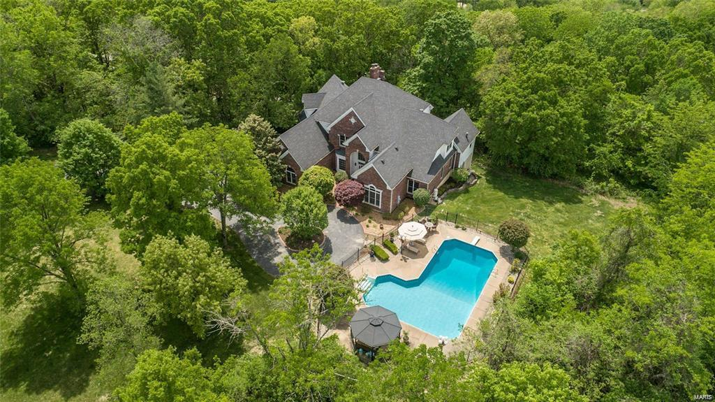 19209 Saint Albans Forest Drive Property Photo - Wildwood, MO real estate listing