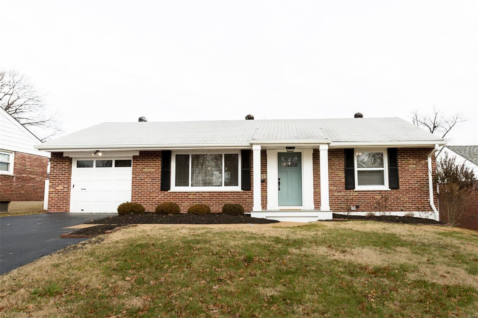 6613 Laconia Drive Property Photo - Affton, MO real estate listing