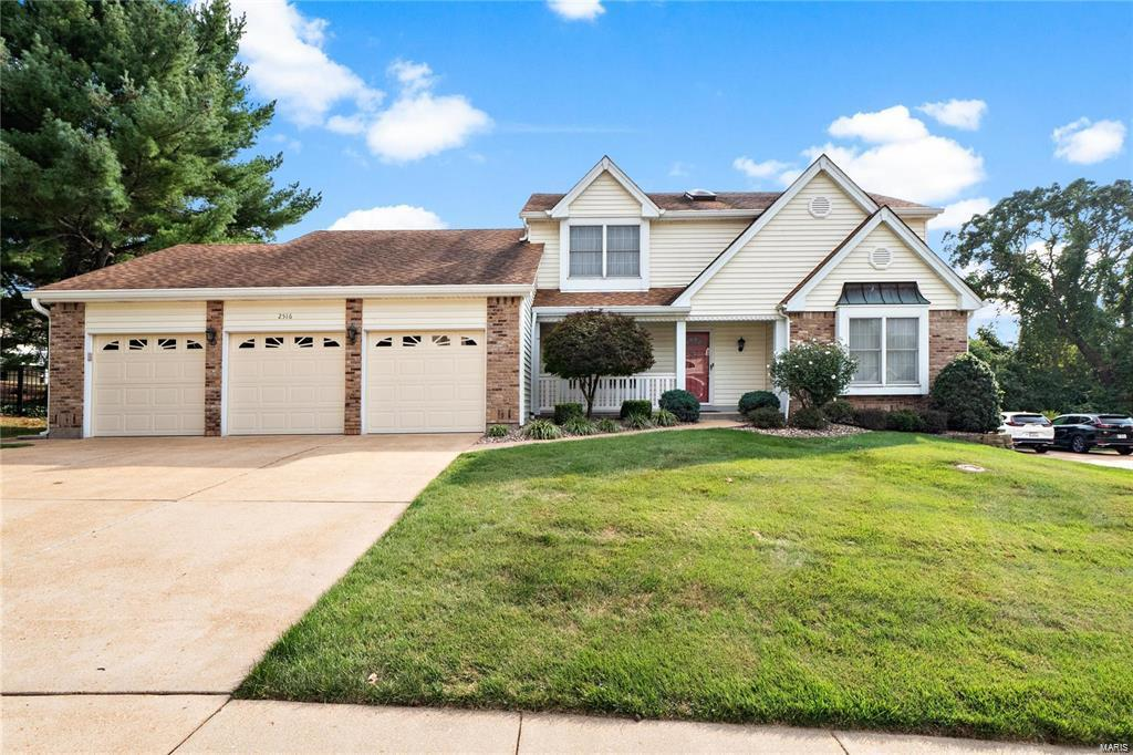 2516 River Winds Court Property Photo - St Louis, MO real estate listing