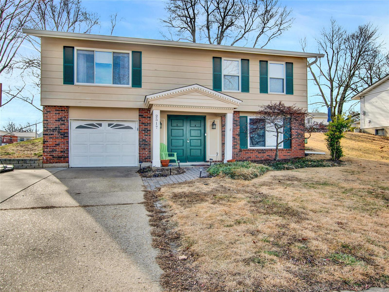 2517 Wesford Property Photo - Maryland Heights, MO real estate listing