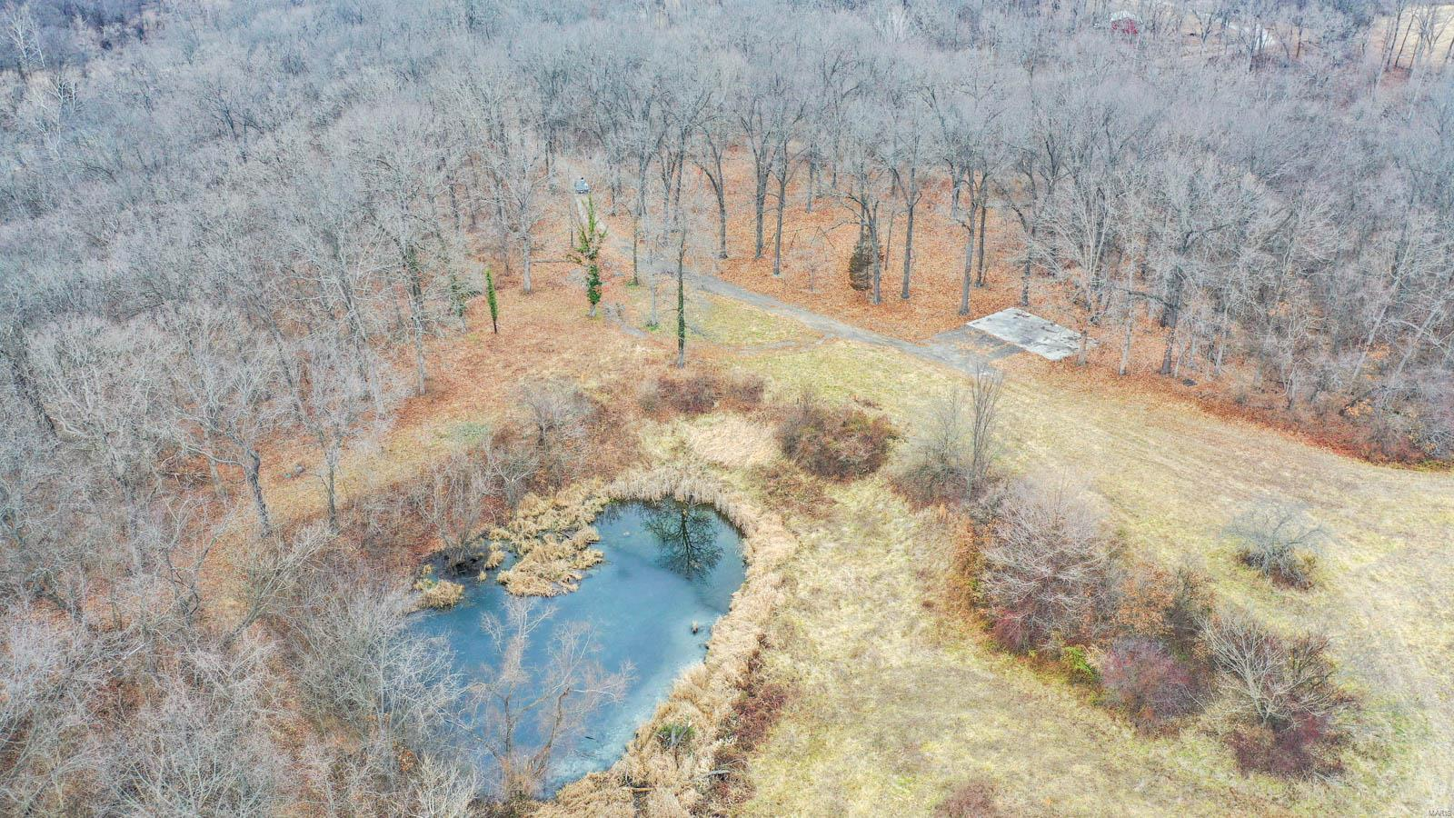 16280 Indian Lake Road Property Photo - Jerseyville, IL real estate listing