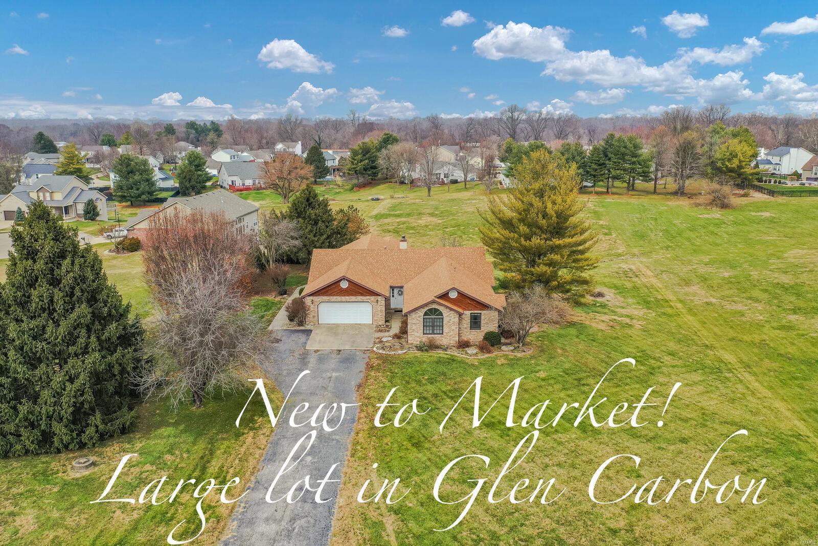 6839 Middlegate Lane Property Photo - Glen Carbon, IL real estate listing