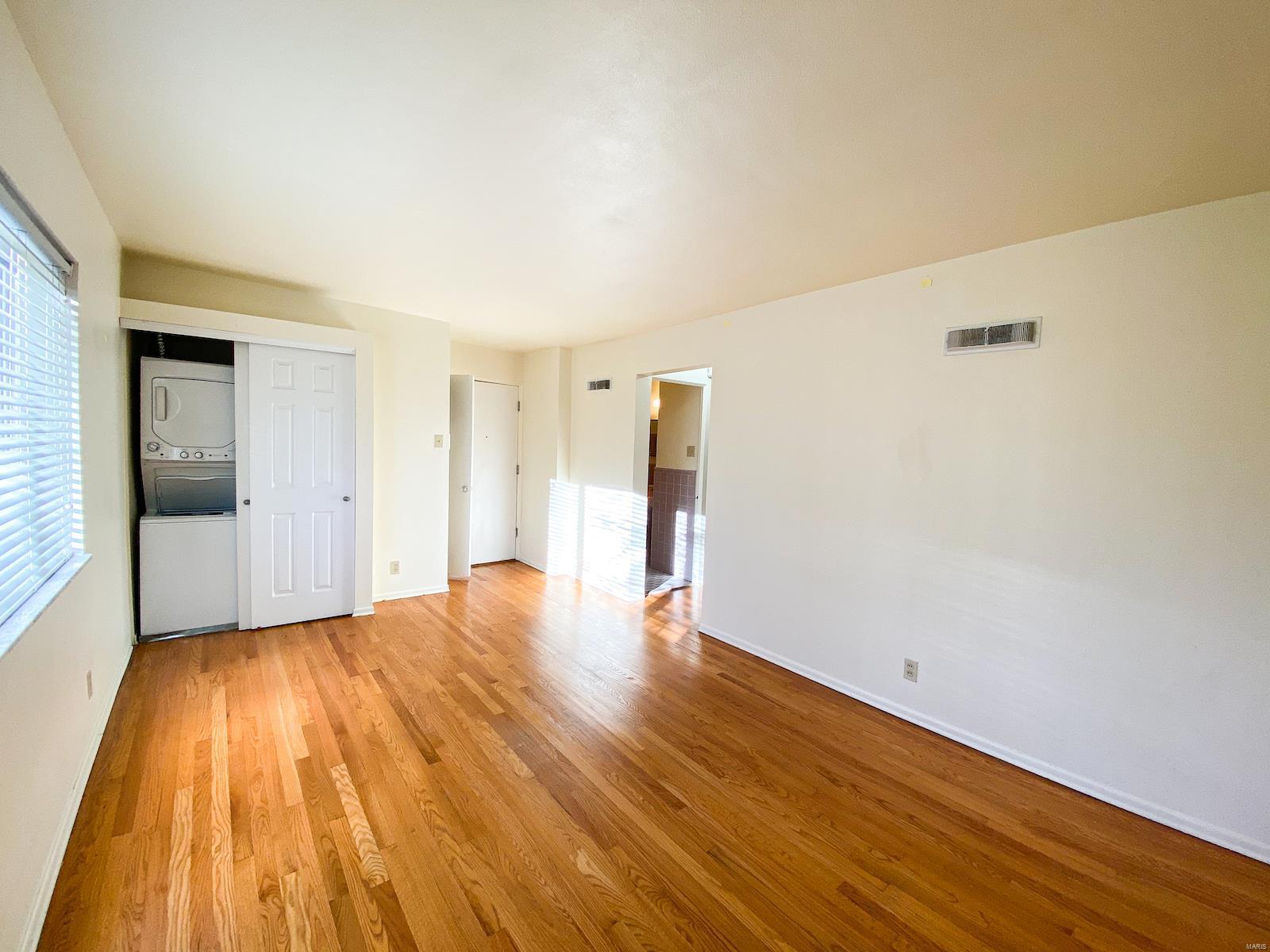 205 Monclay Ct #2e Property Photo