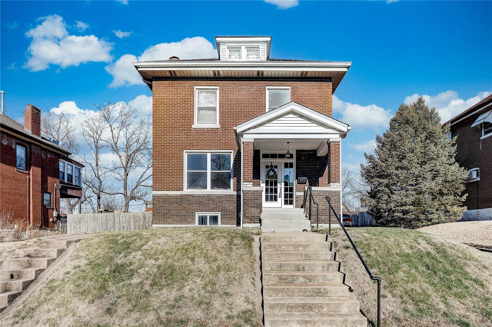 3507 Kingsland Court Property Photo - St Louis, MO real estate listing