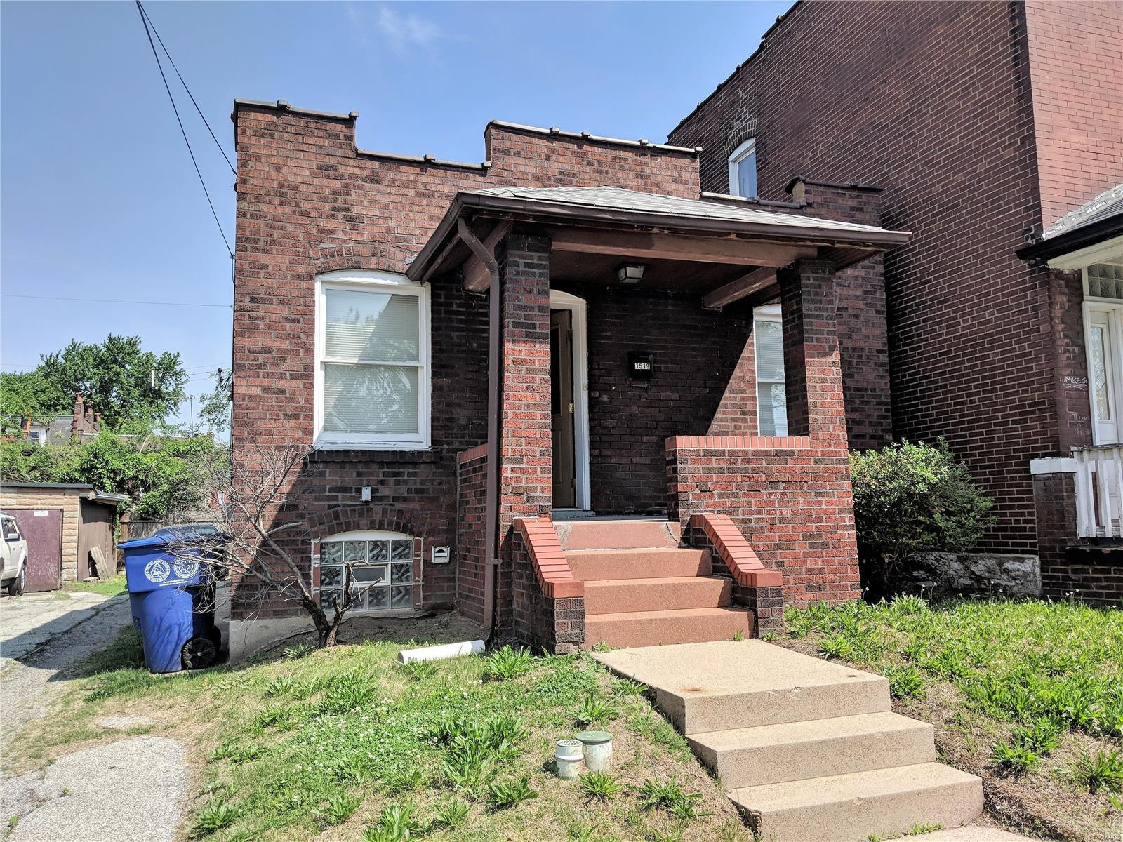1519 Angelrodt Street Property Photo - St Louis, MO real estate listing