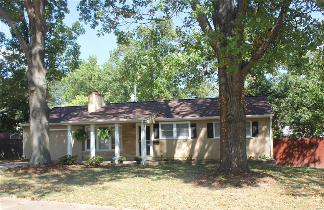 940 Box Elder Drive Property Photo - St Louis, MO real estate listing