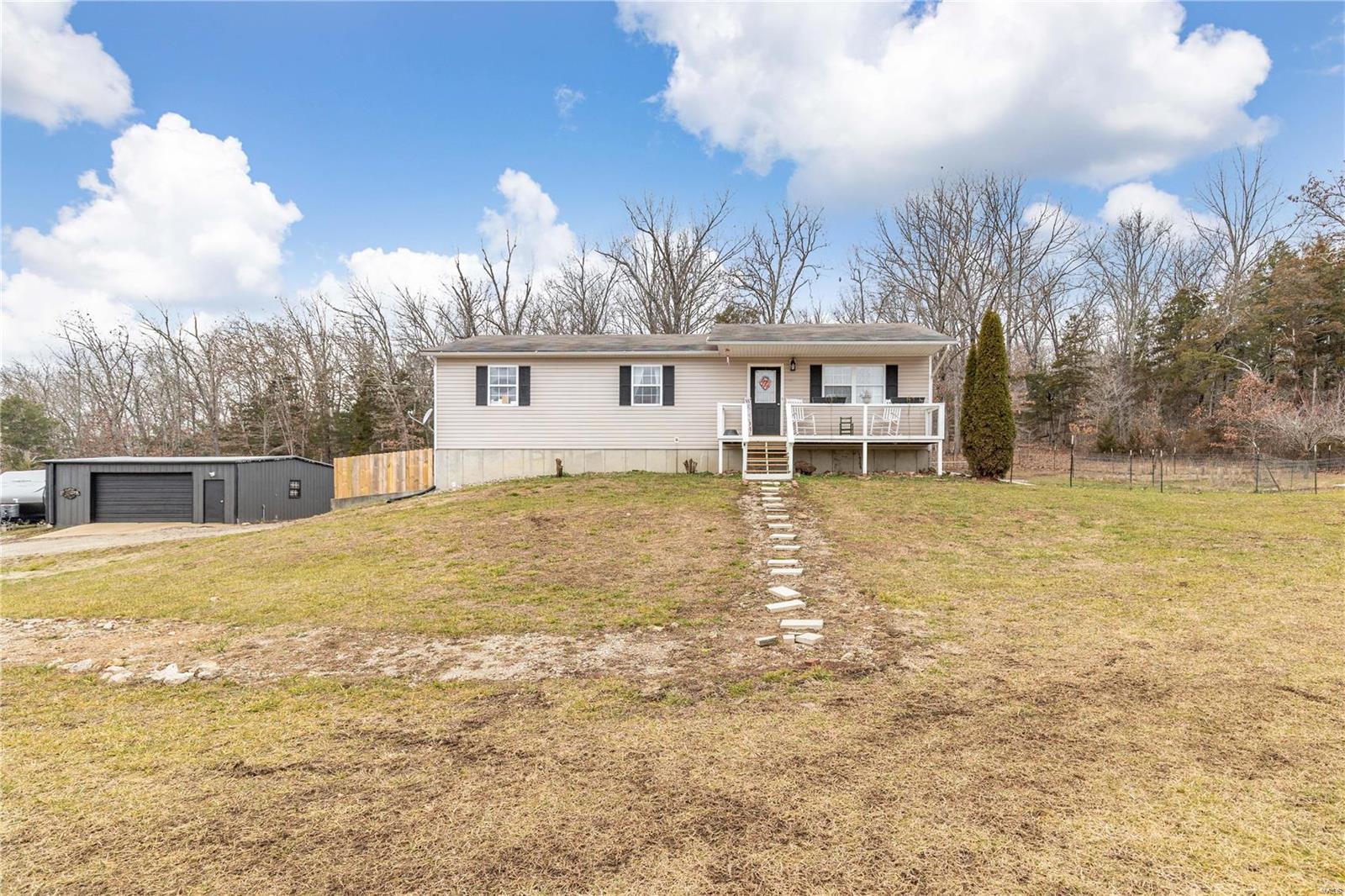 29627 Smokey Road Property Photo - Richland, MO real estate listing