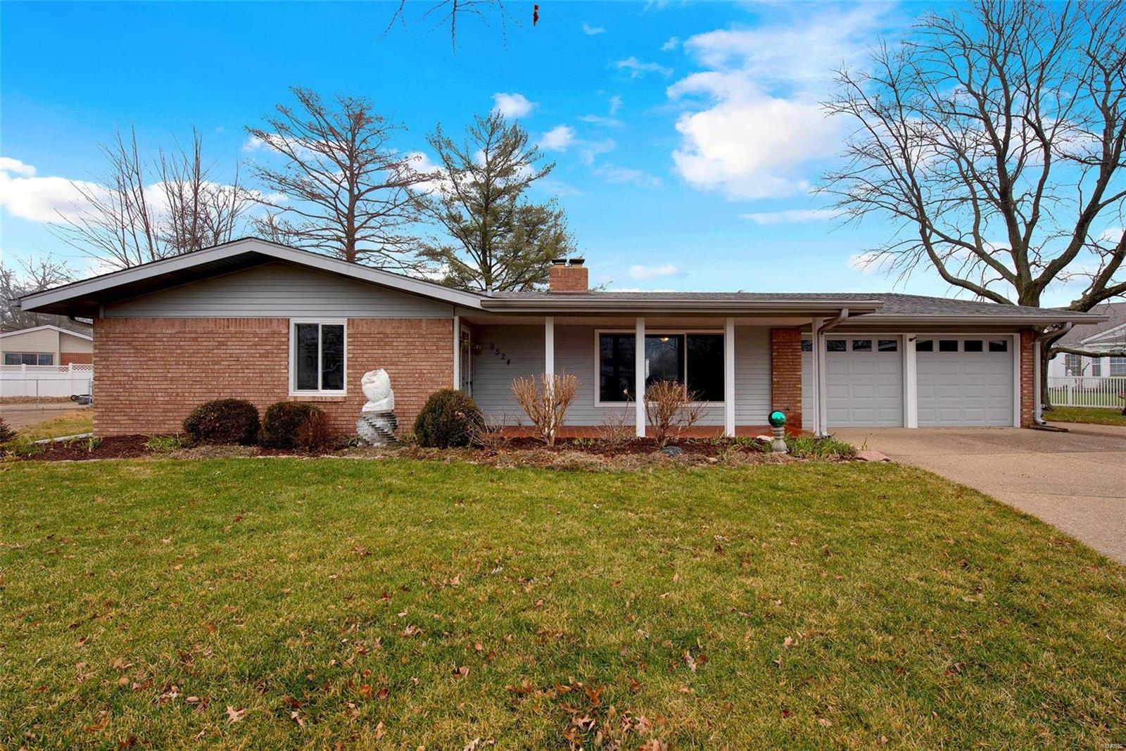 9524 Carnival Drive Property Photo - St Louis, MO real estate listing