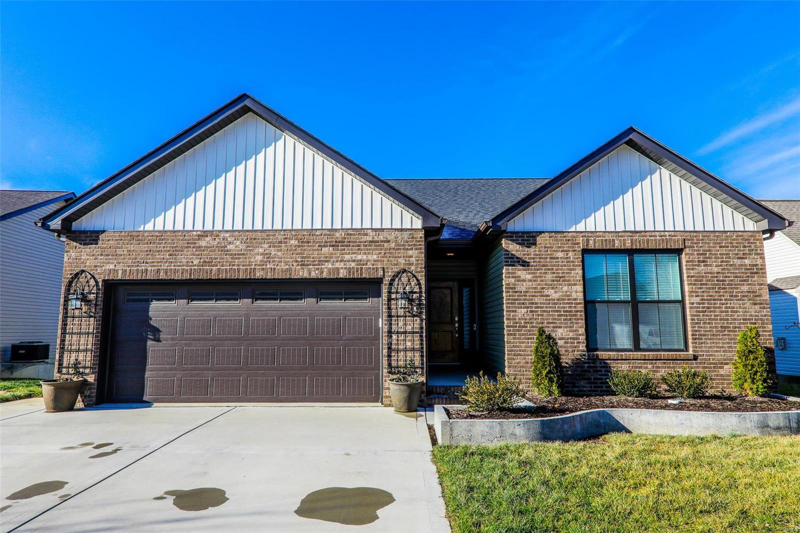 7979 Sonora Ridge Property Photo - Caseyville, IL real estate listing