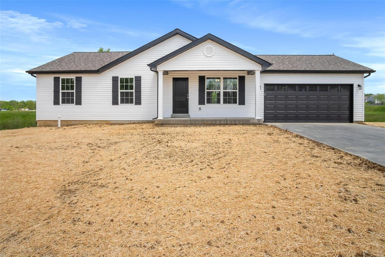 221 Jonas Lane Court Property Photo - Winfield, MO real estate listing