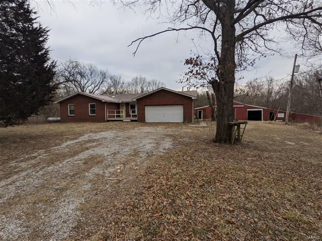13099 Moonbeam Lane Property Photo - Bunker Hill, IL real estate listing