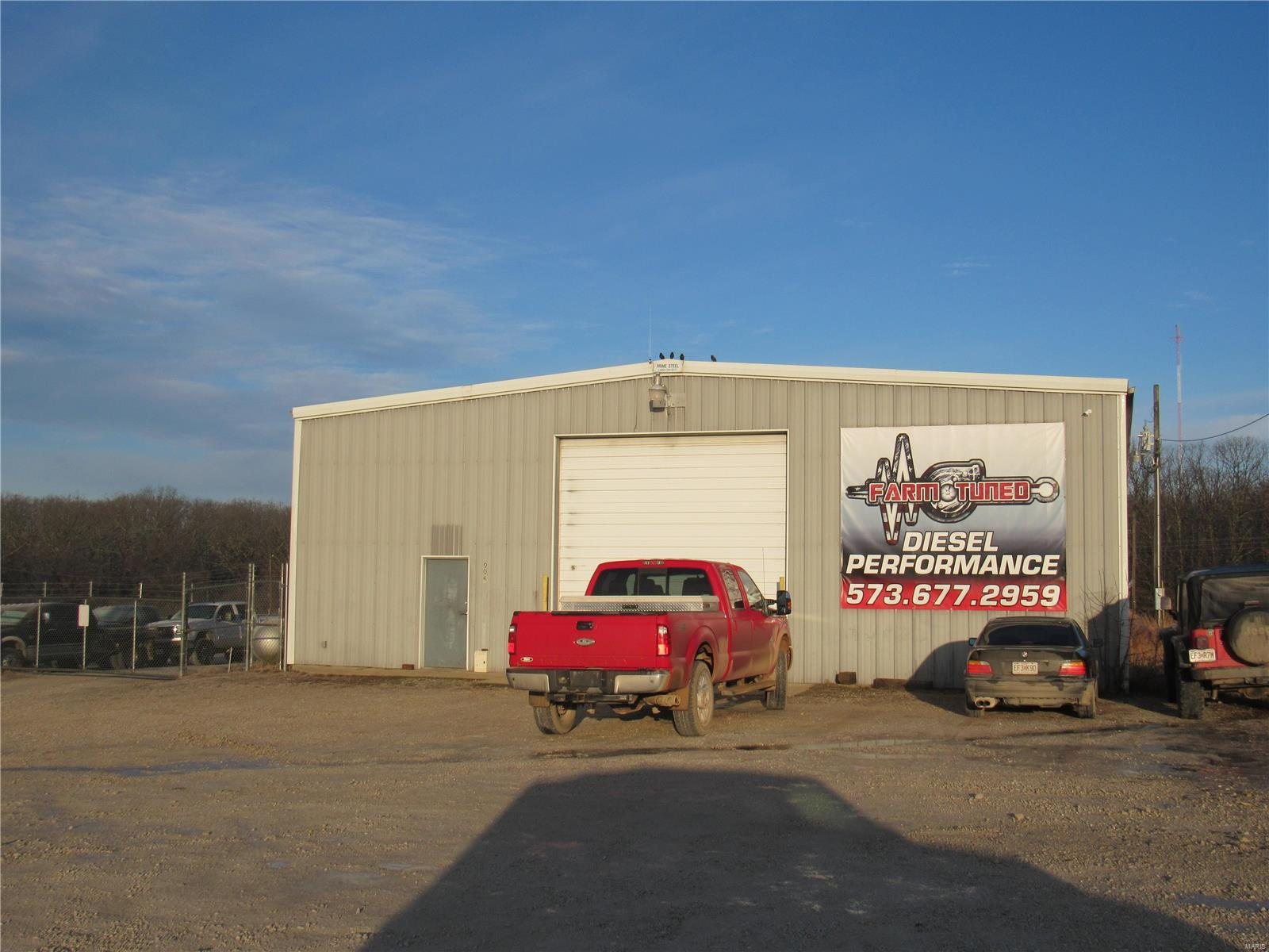 904 Highway P Property Photo - Cuba, MO real estate listing