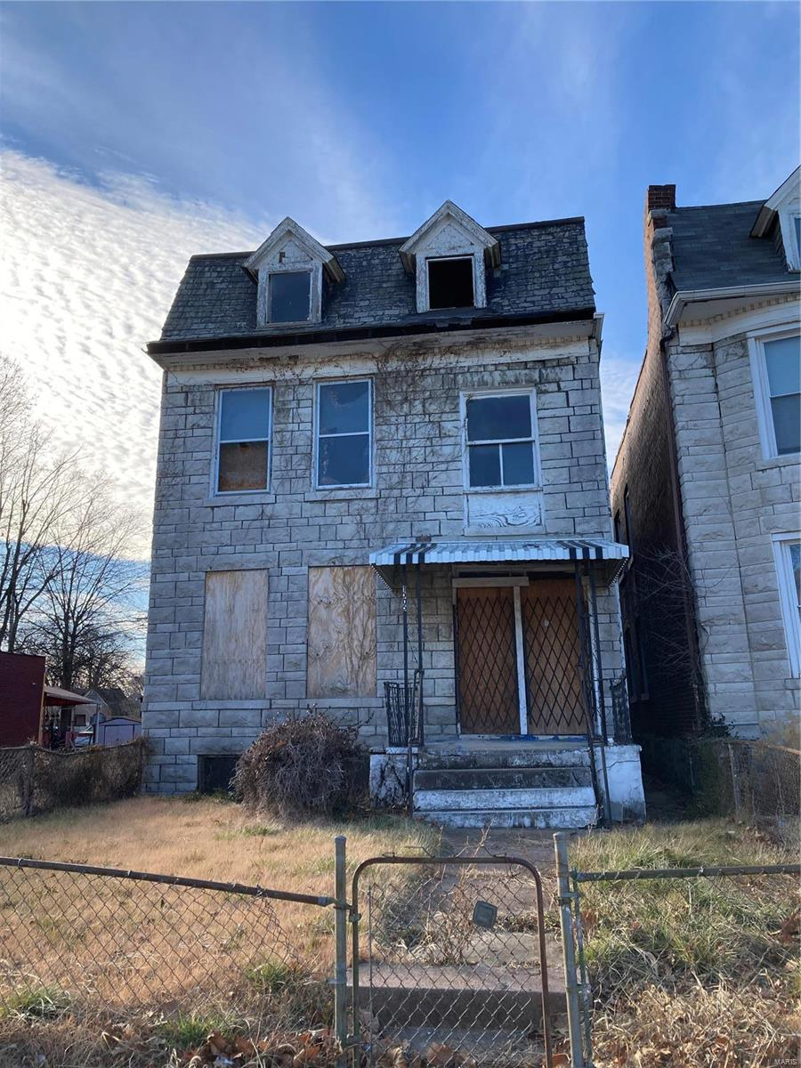 1005 Walton Avenue Property Photo - St Louis, MO real estate listing