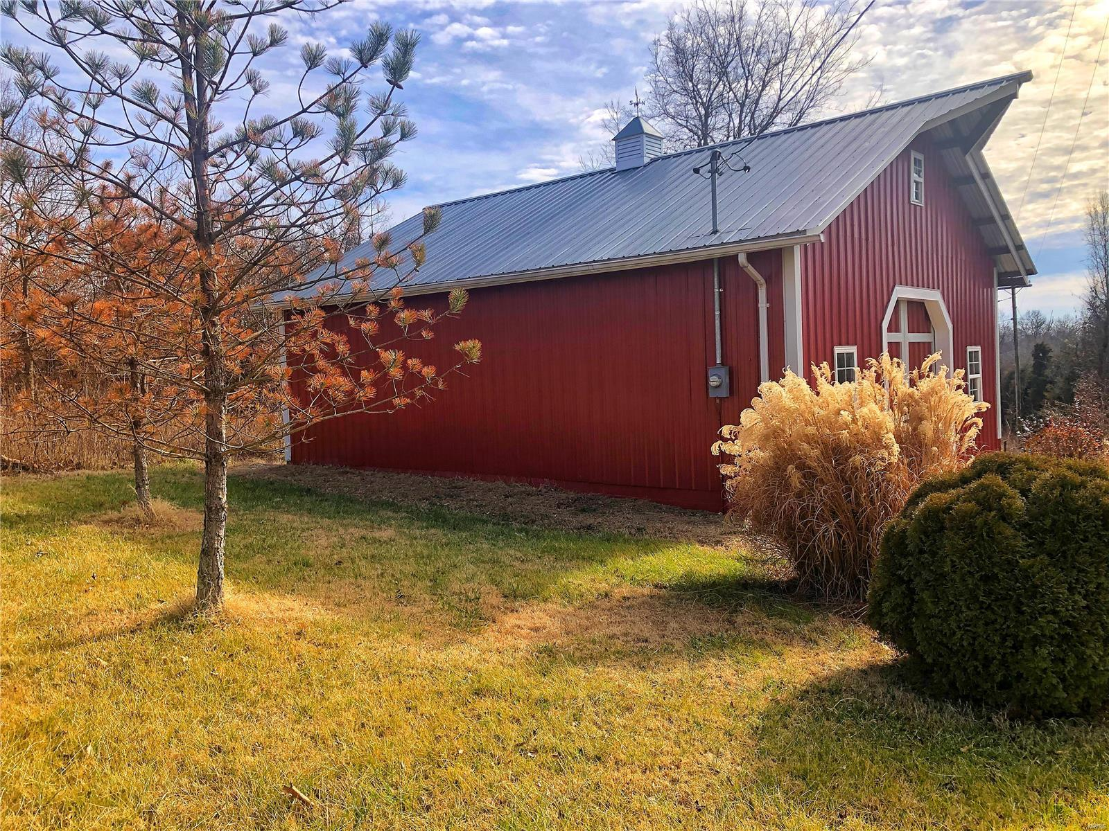 3948 Highway 185 Property Photo - New Haven, MO real estate listing