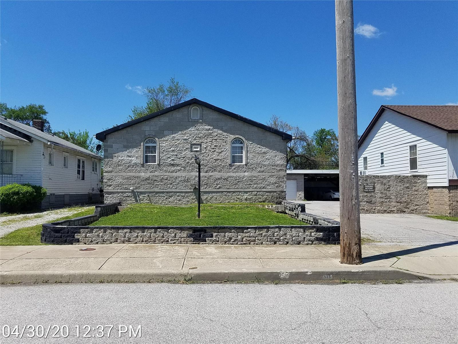 811 N 40th Street Property Photo - East St Louis, IL real estate listing