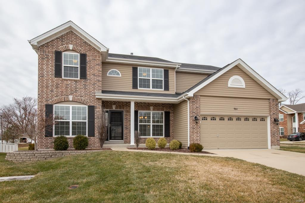 964 Arbor Run Court Property Photo - Manchester, MO real estate listing