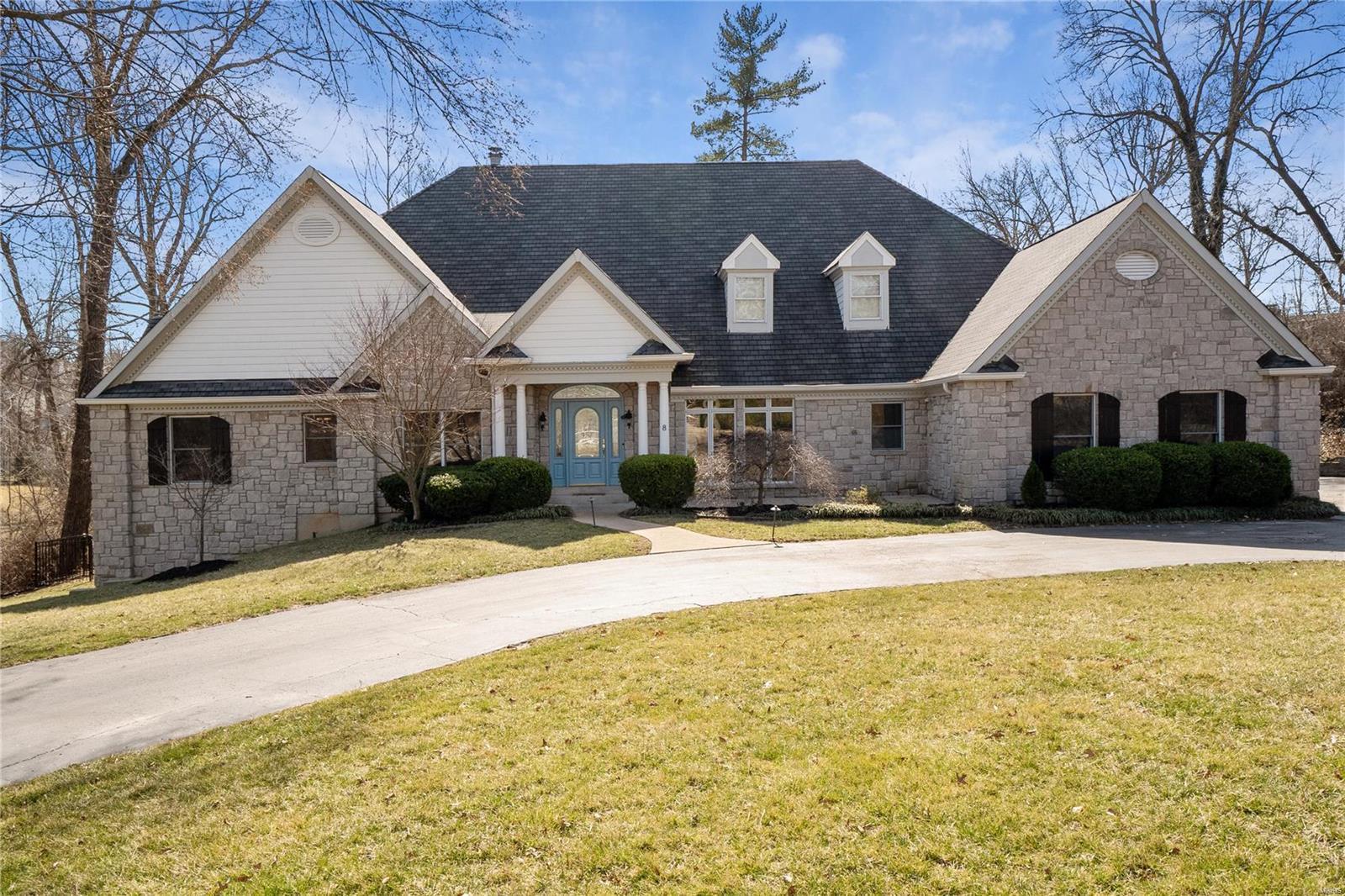 8 Sherwyn Lane Property Photo - St Louis, MO real estate listing