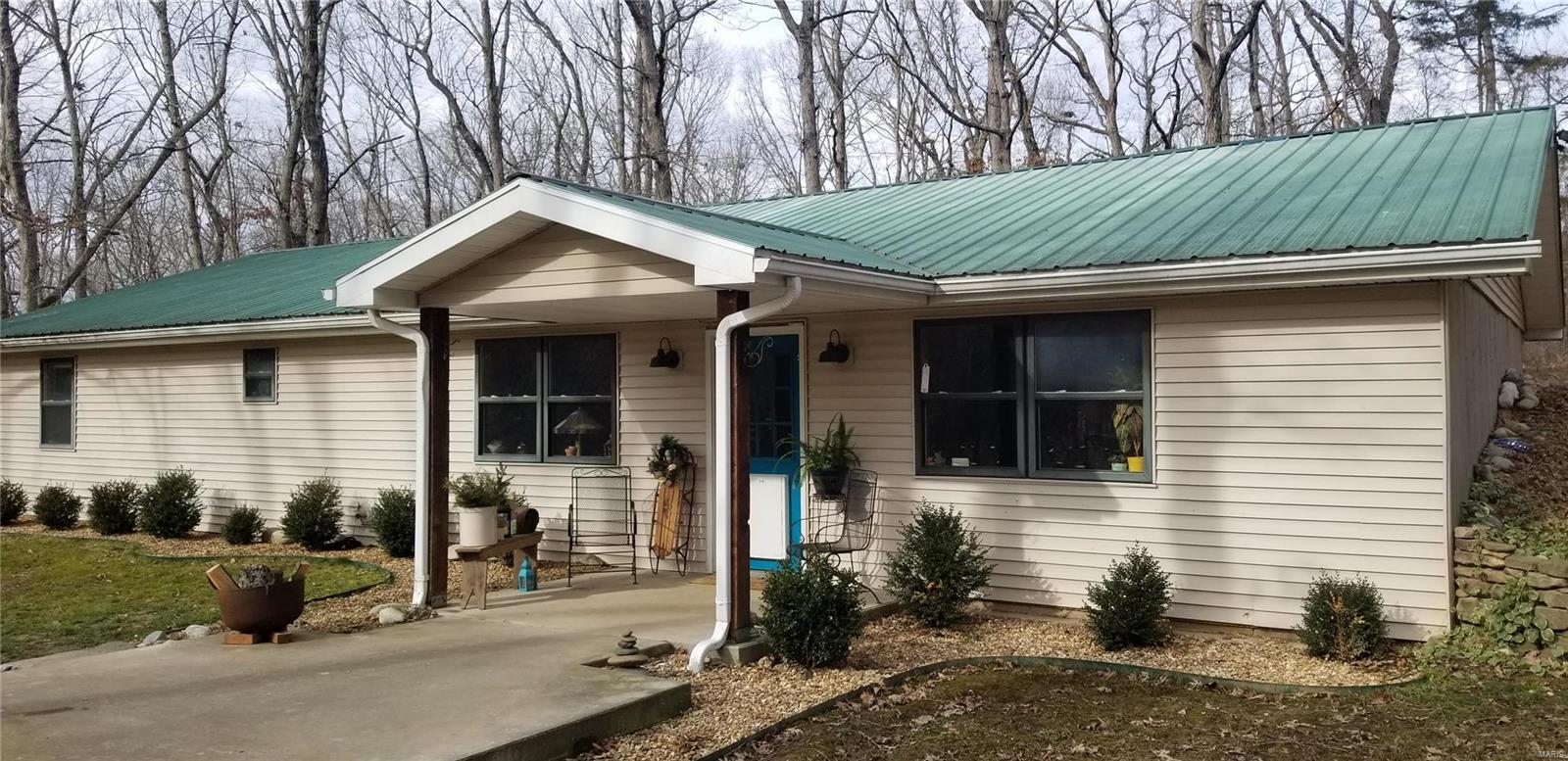 254 Hwy T W Property Photo - Steelville, MO real estate listing