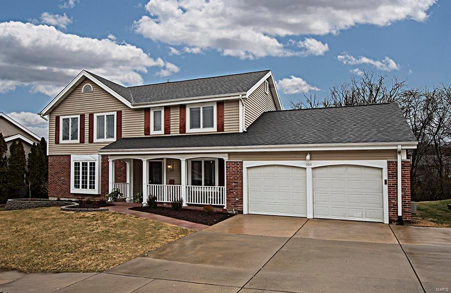 606 Carman Forest Lane Property Photo - Ballwin, MO real estate listing