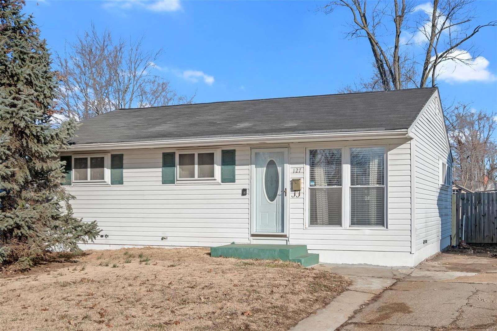 127 Grampian Road Property Photo - St Louis, MO real estate listing