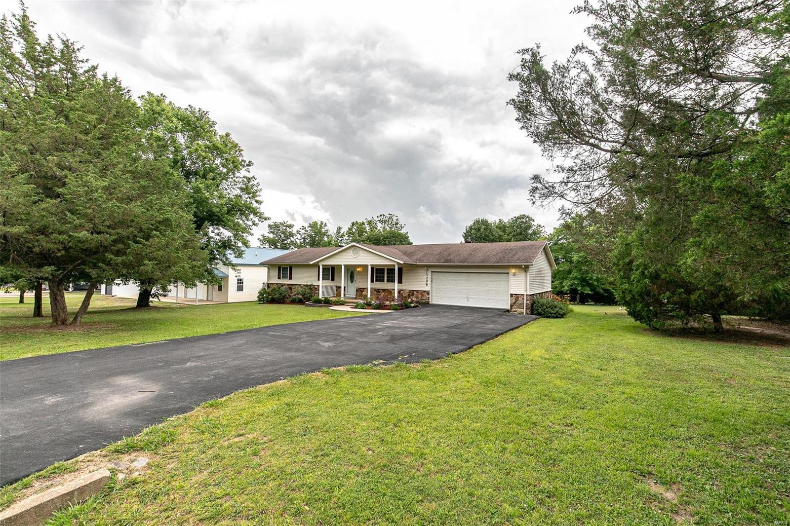 1208 Victoria Road Property Photo - Poplar Bluff, MO real estate listing