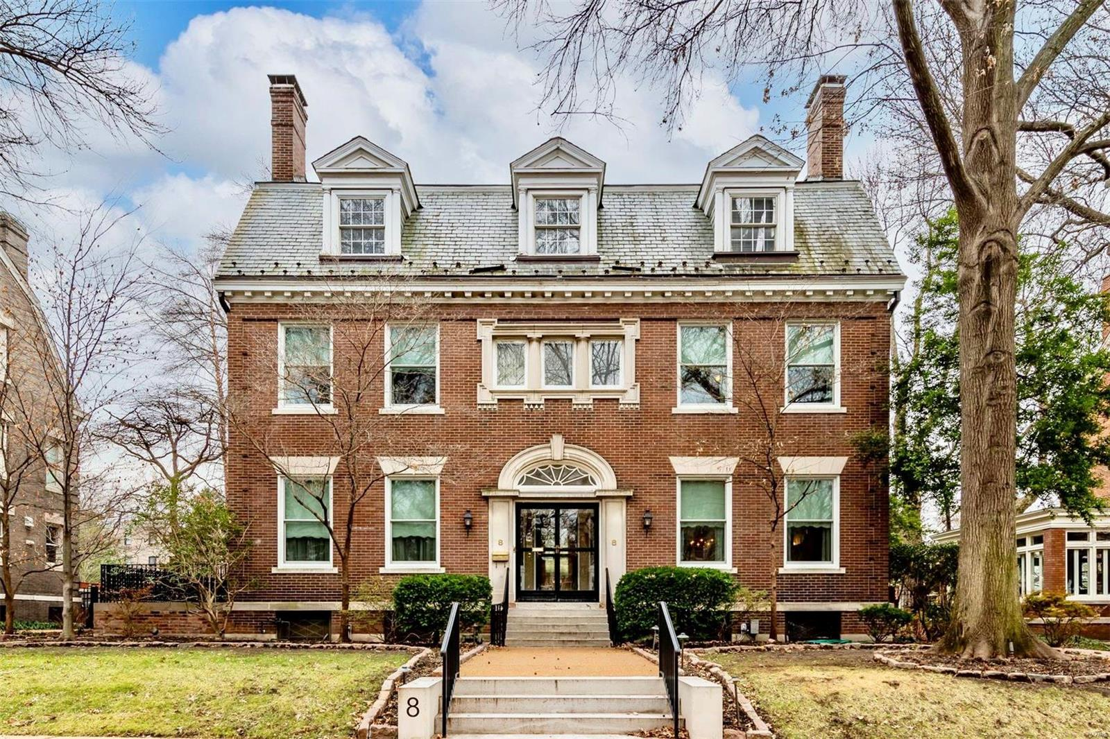 8 Hortense Place Property Photo - St Louis, MO real estate listing