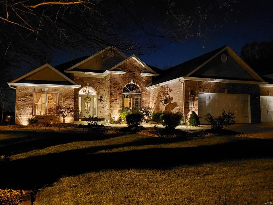 2831 Woodfield dr Property Photo - Maryville, IL real estate listing