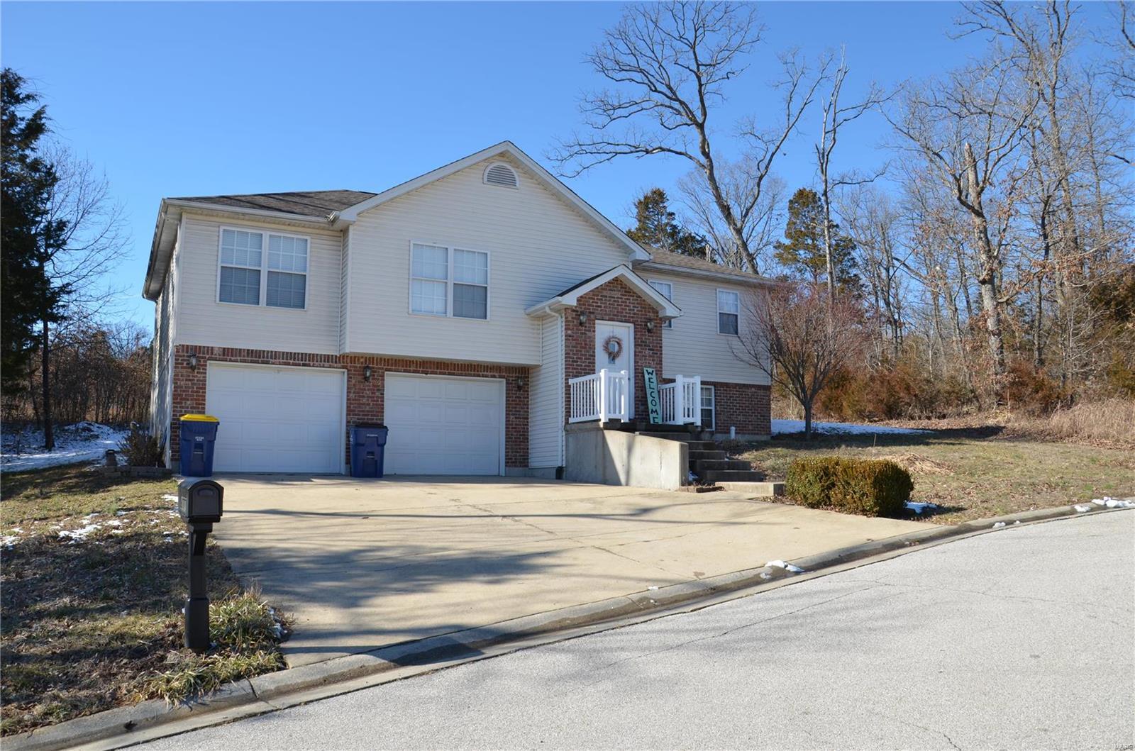 877 Sarah Lane Property Photo