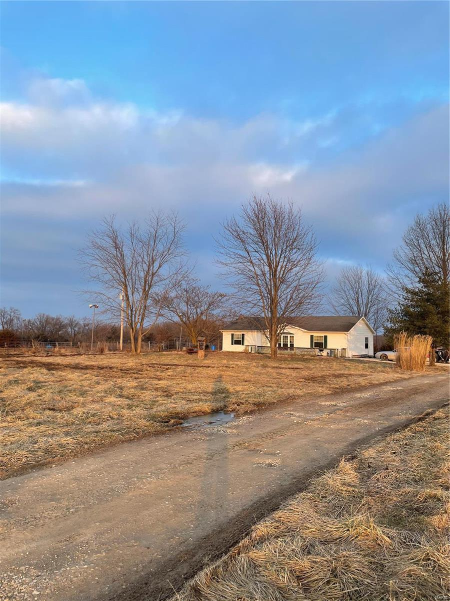2820 County Line RD Property Photo - Gerald, MO real estate listing