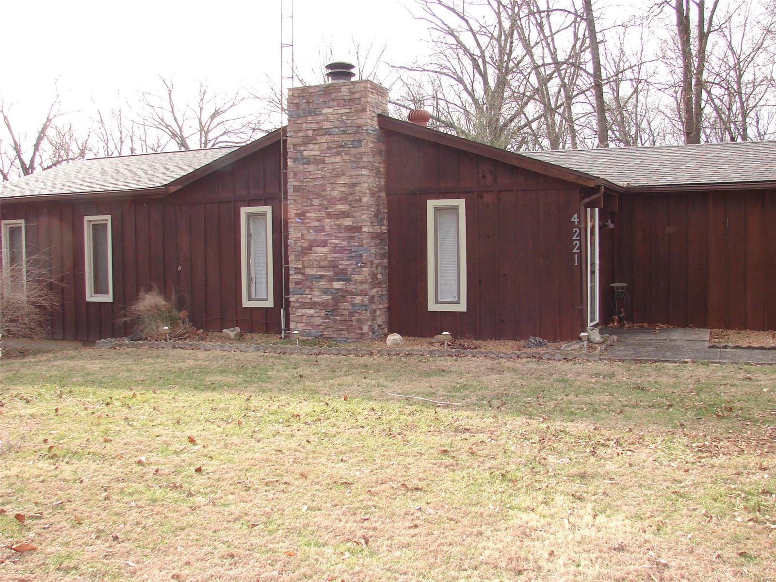 4221 W Lake W Property Photo