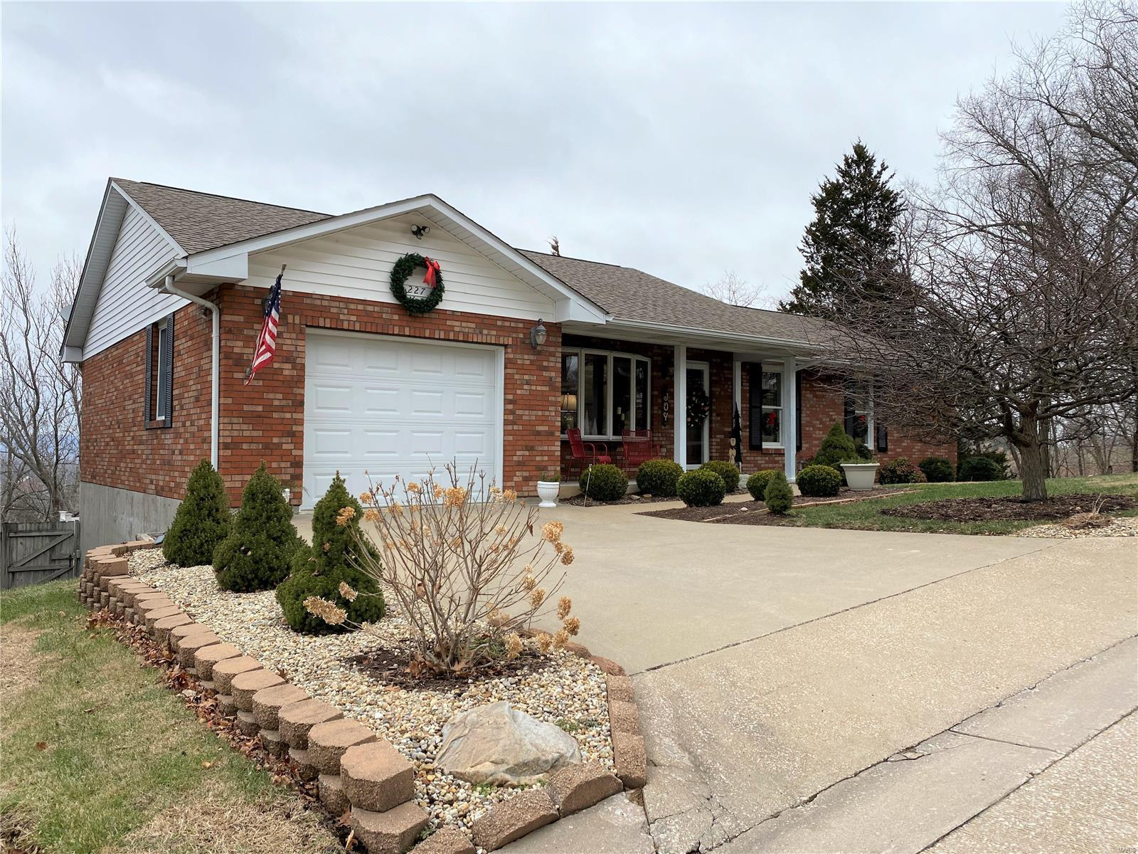 227 E 9th Property Photo - Hermann, MO real estate listing