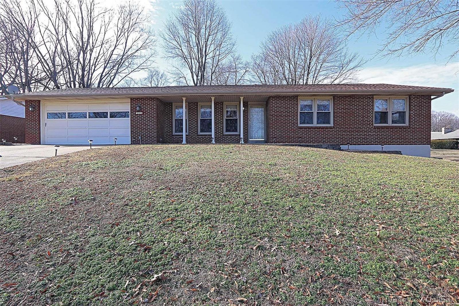 203 Camellia Drive Property Photo - Cape Girardeau, MO real estate listing