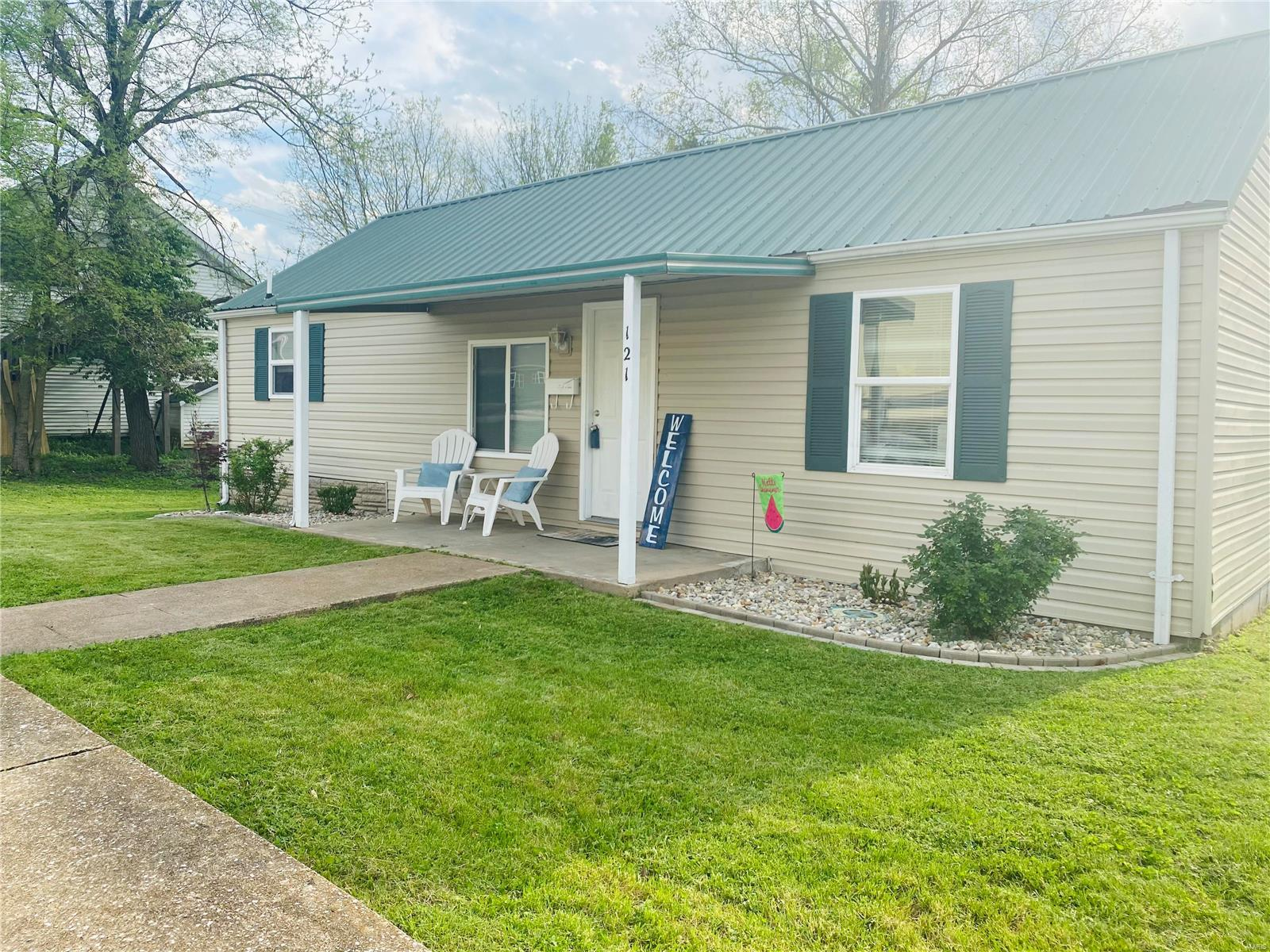 121 Chestnut Street Property Photo - Festus, MO real estate listing