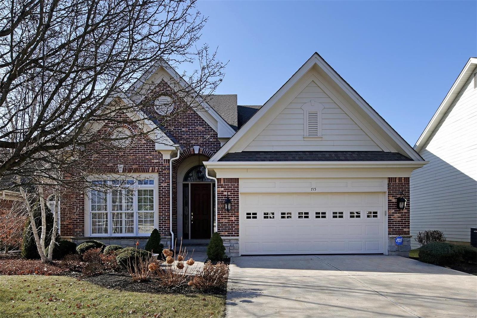 715 Clayton Corners Drive Property Photo - Ballwin, MO real estate listing