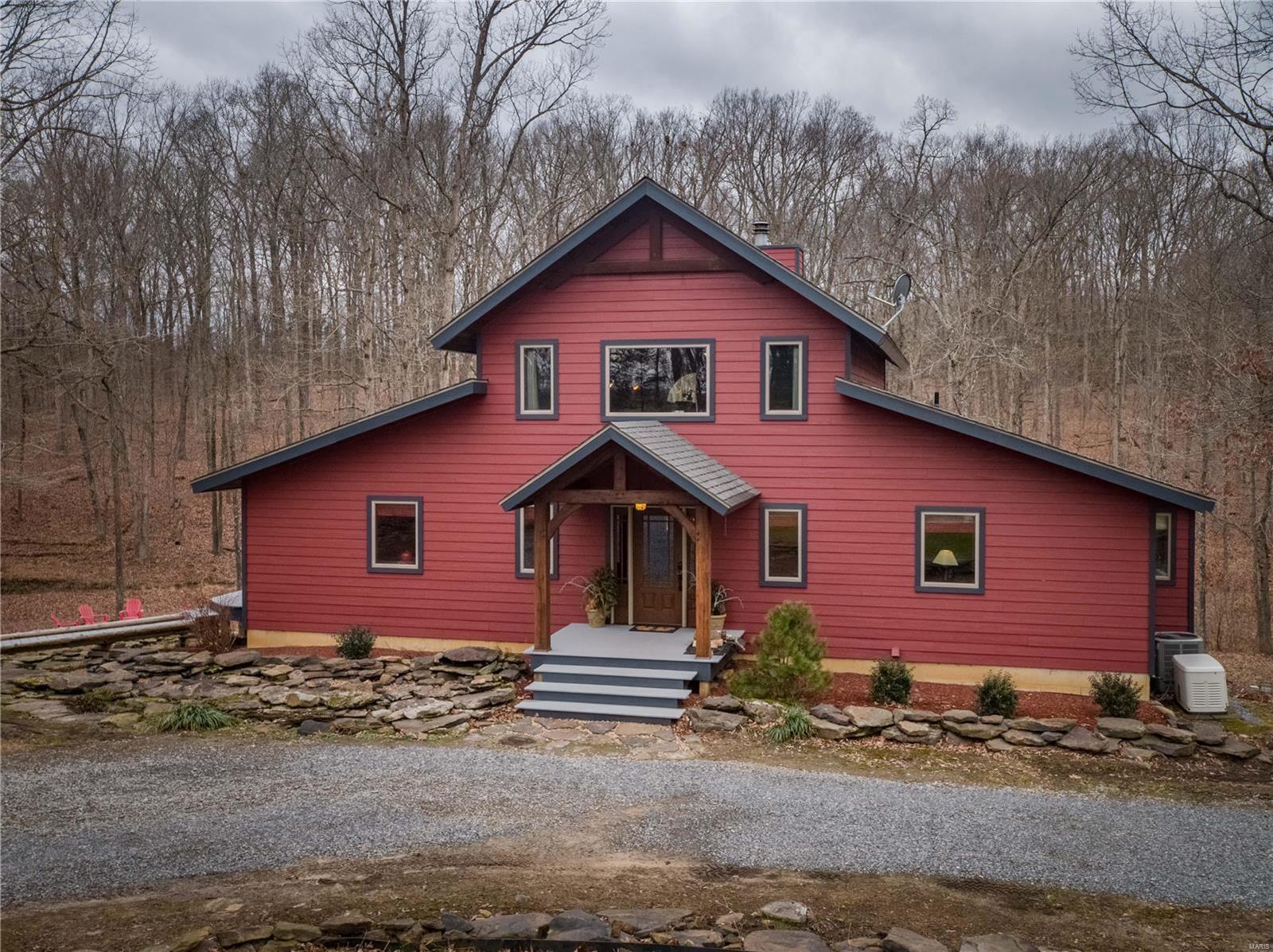 539 Chipmunk Property Photo 1