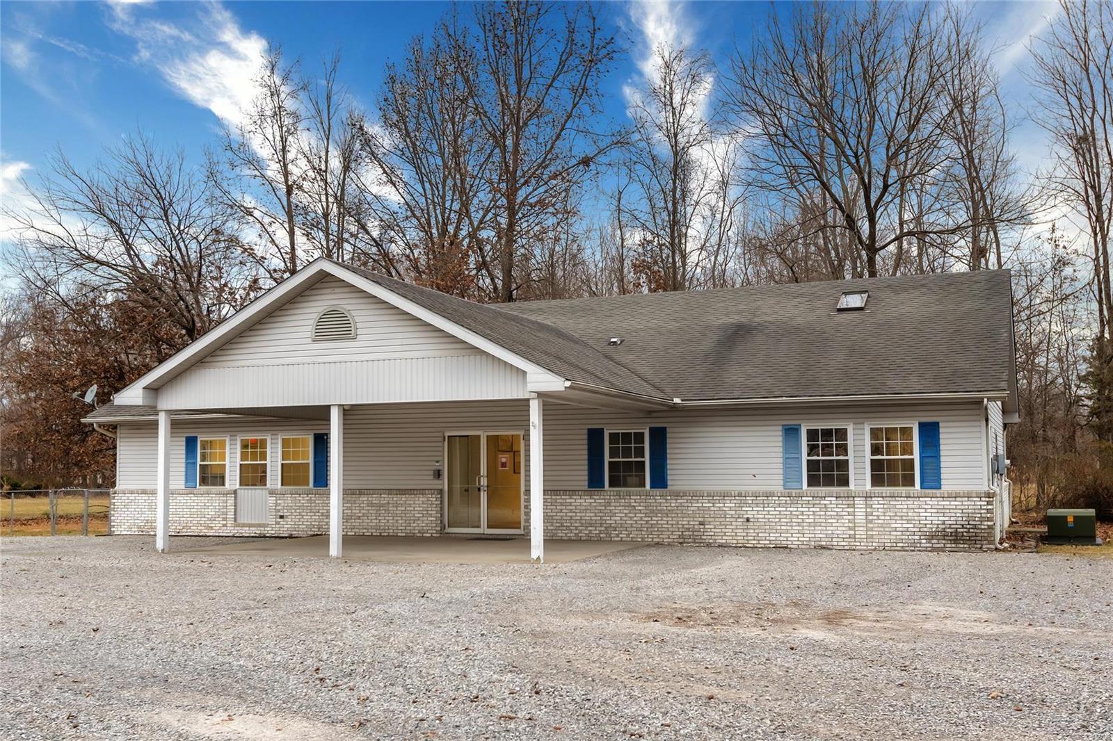 2315 N Park Avenue Property Photo 1
