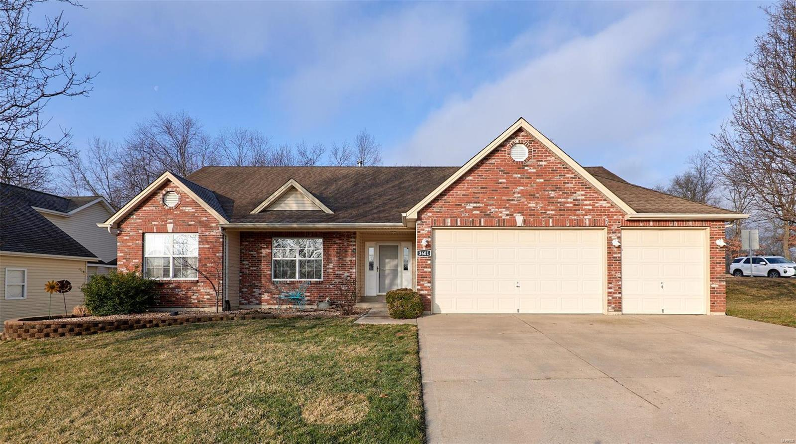3601 Bear Creek Ridge Court Property Photo - Wentzville, MO real estate listing