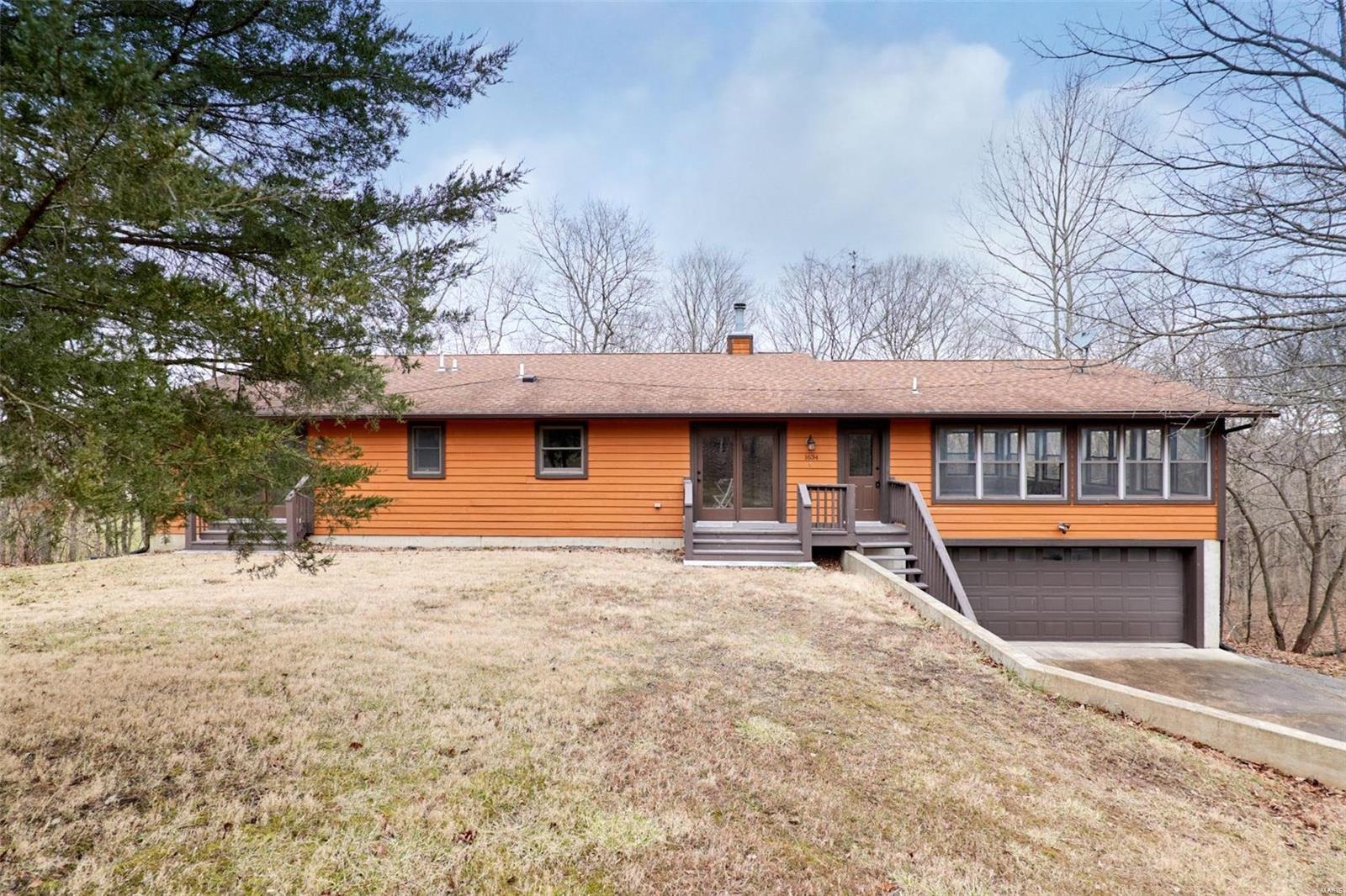 1634 High Sierra Drive Property Photo - Foristell, MO real estate listing