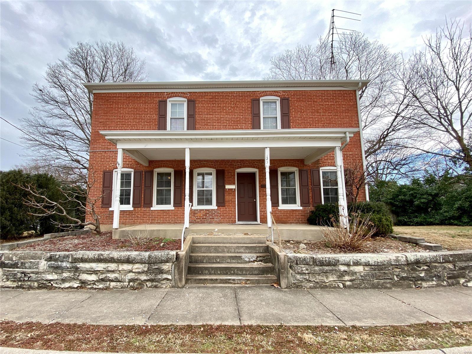 123 S Jackson Property Photo