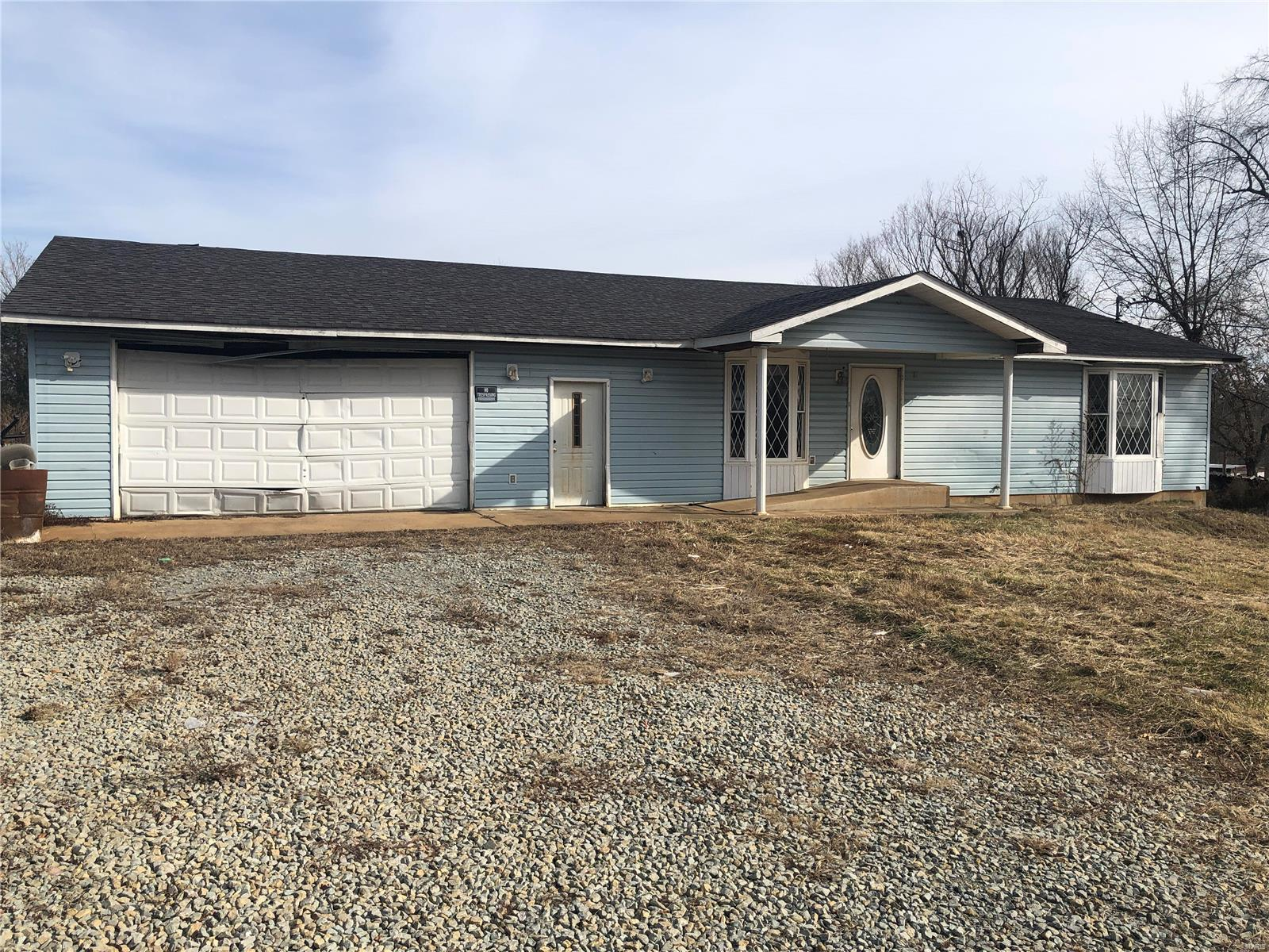 10076 Wolf Road Property Photo - Richwoods, MO real estate listing