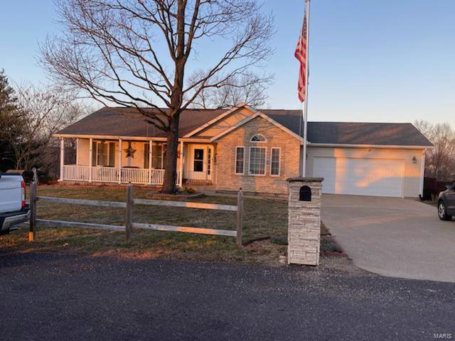 14345 Howard Lane Property Photo - Dixon, MO real estate listing