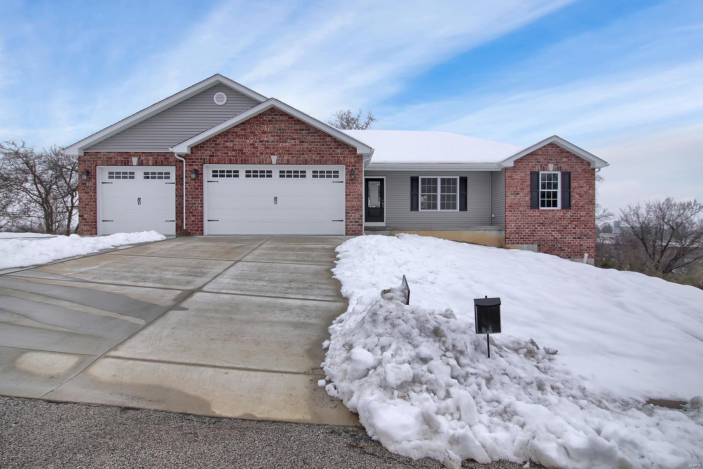 107 Carmel Lane Property Photo - Washington, MO real estate listing
