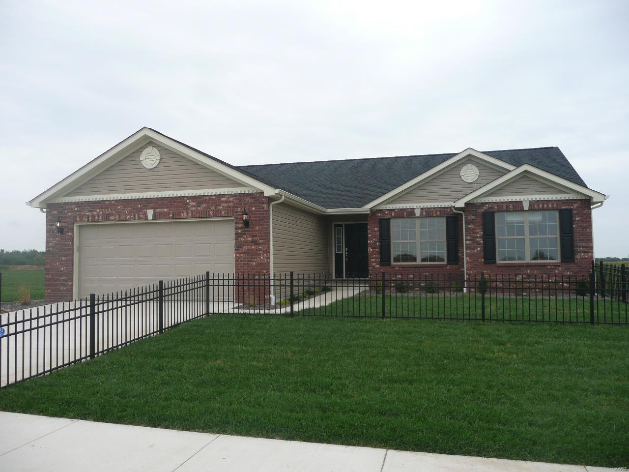 480 Hayden Drive Property Photo - Waterloo, IL real estate listing