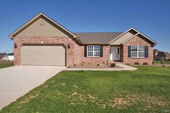 476 Hayden Drive Property Photo - Waterloo, IL real estate listing