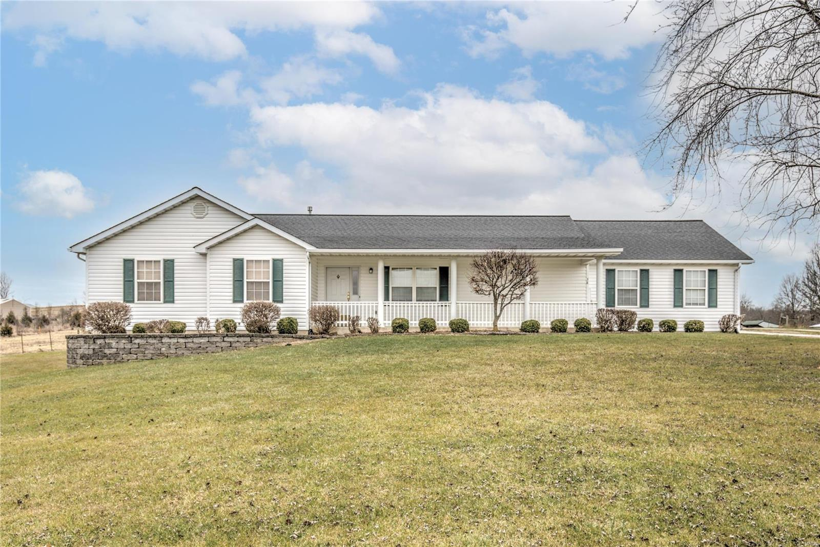 38 Killarney Lane Property Photo - Moscow Mills, MO real estate listing