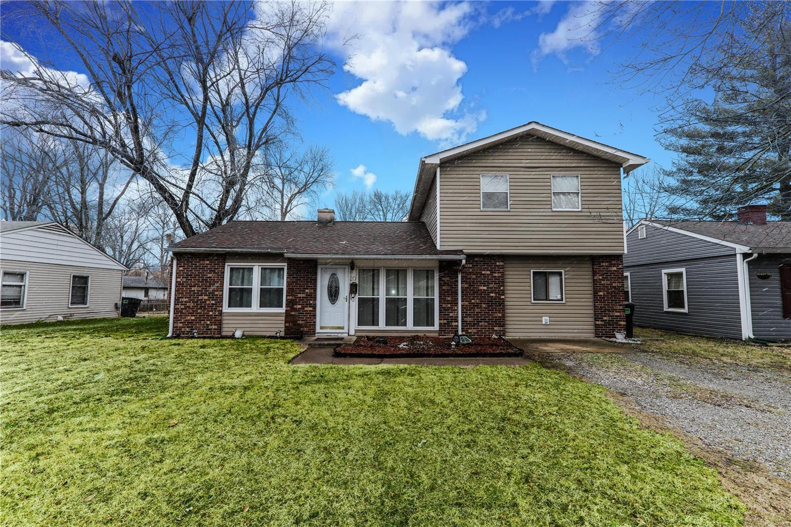 20 Louise Lane Property Photo - Cahokia, IL real estate listing
