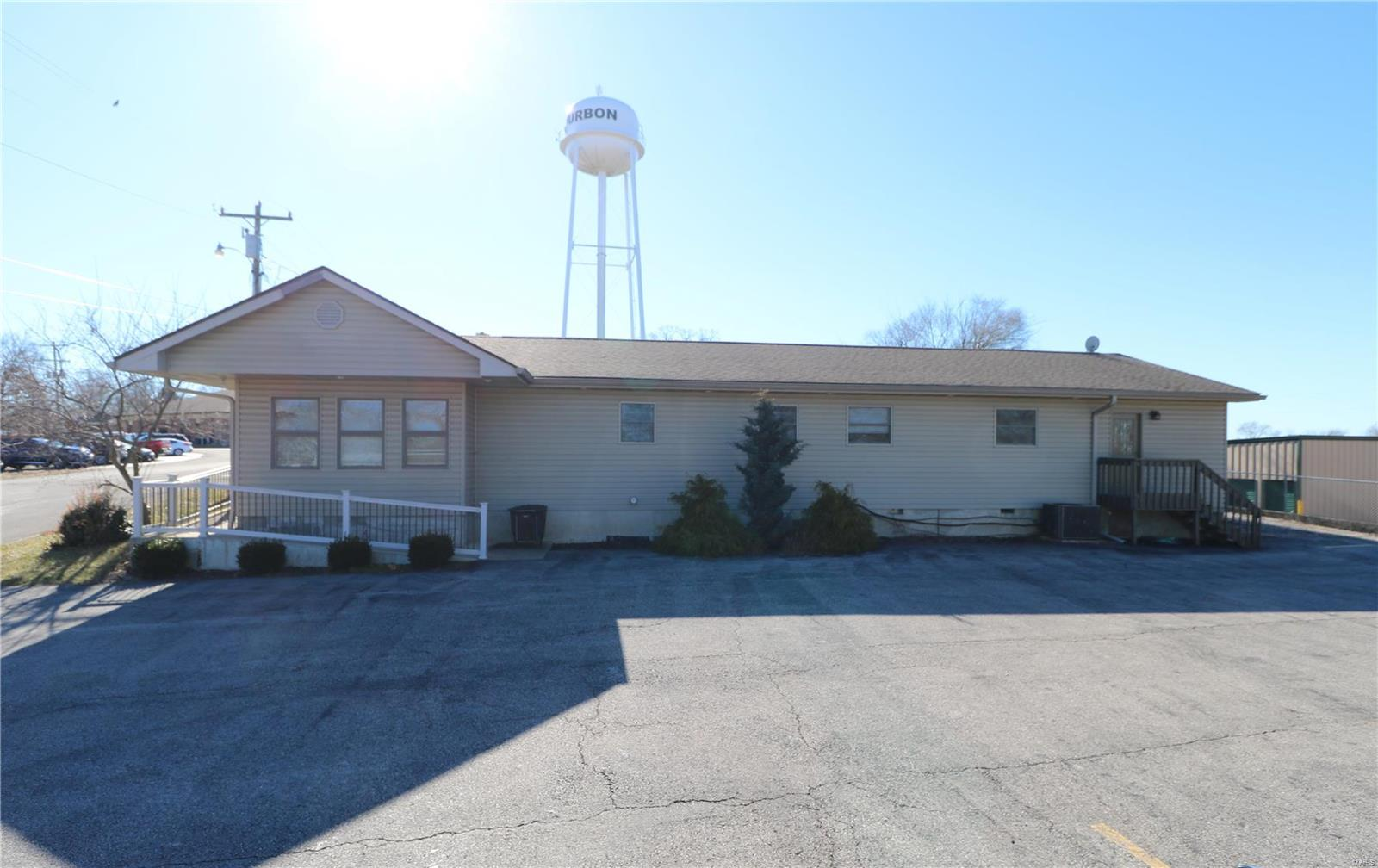 246 College Property Photo - Bourbon, MO real estate listing